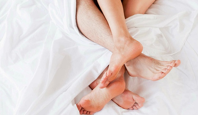 Quan hệ ra máu có thai không?