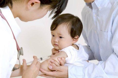 Tiêm viêm não Nhật Bản có sốt không?