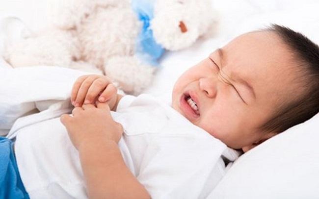 Trẻ 3 tuổi bị nôn liên tục nguyên nhân do đâu?