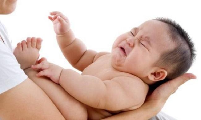 Cách Xử Lý Khi Trẻ Bị Sốt Co Giật Hiệu Quả1